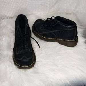Dr Martens 12278 ladies sz 8 US black ankle boot